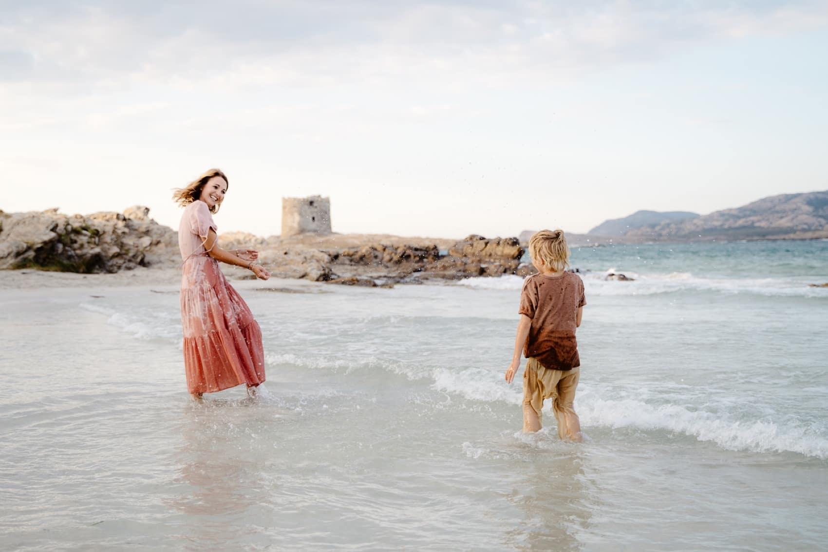 foto in spiaggia sardegna famiglia   Stintino